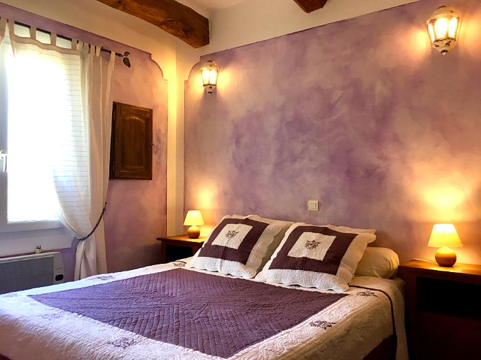 chambre lavande chambres d 39 h tes pr s du lac de sainte croix du verdon ferme para lo. Black Bedroom Furniture Sets. Home Design Ideas